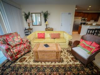 Ocean Breeze 3BR across from beach, spacious!!! - North Myrtle Beach vacation rentals