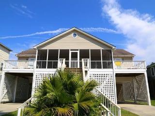 """513 Pompano St - """"Coggins Getaway"""" - Edisto Beach vacation rentals"""