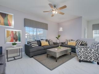 5 bedrooms villa accomodate up to 13 guests - Kissimmee vacation rentals