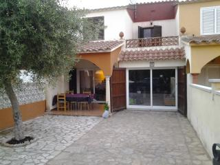 3 bedroom House with Satellite Or Cable TV in L'Escala - L'Escala vacation rentals