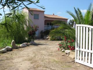 Villa avec vue mer à 200 m des plages - Sainte Lucie De Porto Vecchio vacation rentals