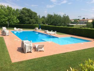 Residence La Casara Bilocale con giardino - Lazise vacation rentals