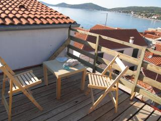 1 bedroom Apartment with Television in Betina - Betina vacation rentals