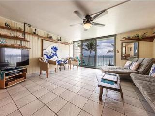 Hawaii Beachfront Penthouse on Oahu's North Shore - Punaluu vacation rentals