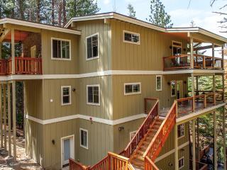 Upscale Home inside Yosemite Gates - Yosemite National Park vacation rentals