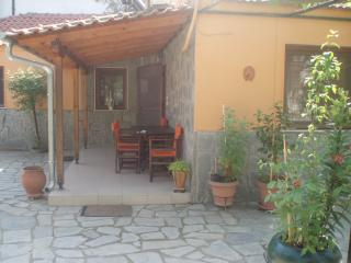 Beautiful 2 bedroom Kavala  House with A/C - Kavala  vacation rentals