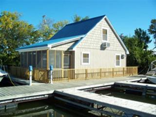 1 bedroom Boathouse with Internet Access in Sabula - Sabula vacation rentals