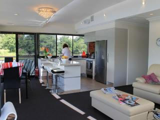 Houseboat Located 45 mins from  Auckland CBD - Tuakau vacation rentals