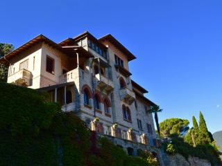 Perfect 2 bedroom Torno Apartment with Internet Access - Torno vacation rentals