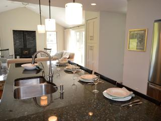 Recently Listed! Remodeled 3BR Near Nauset Beach - Orleans vacation rentals