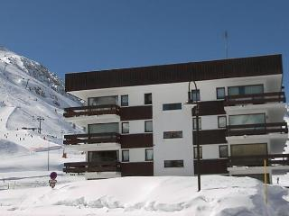 Nice Condo with Short Breaks Allowed and Long Term Rentals Allowed - Tignes vacation rentals
