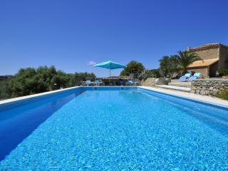 Finca in Arta, near beautiful beaches, for 8 pax - Arta vacation rentals