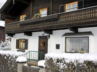 Bright 4 bedroom Uttendorf House with Internet Access - Uttendorf vacation rentals