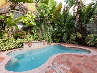 Luxury Family Town-Home,walk distance to the beach - Pompano Beach vacation rentals