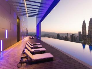 PROMO! NEW RoofTop Pool Luxury Stay @ KLCC - Kuala Lumpur vacation rentals