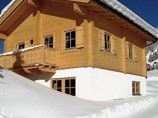 Comfortable 3 bedroom House in Almdorf Konigsleiten with Dishwasher - Almdorf Konigsleiten vacation rentals