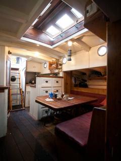 Perfect 1 bedroom Yacht in Klimno - Klimno vacation rentals
