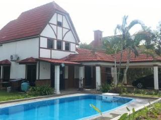 D'Faro 812 Villa (Muslim Villa) - Melaka vacation rentals