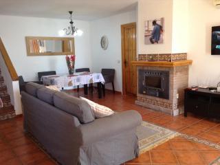 Beautiful Villa with Internet Access and Dishwasher - Canillas de Albaida vacation rentals