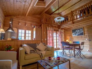 Lac d'Annecy, Chalet 50m du lac avec jardin privé - Doussard vacation rentals