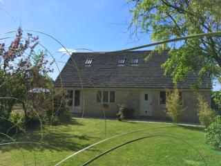Cotswold Cottage in Picturesque Village Setting - Marston Meysey vacation rentals