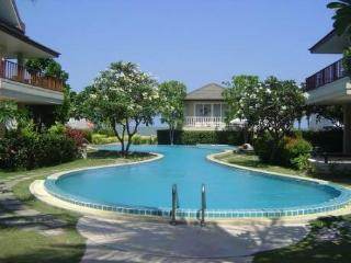 Beach House For Rent in Cha Am, Thailand - Cha-am vacation rentals