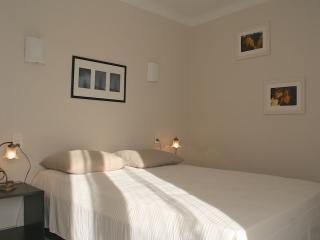 Appartement provençal entre Avignon et Ventoux - Pernes-les-Fontaines vacation rentals