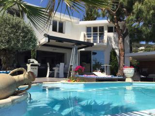 cannes proche villa pisine VUE mer 8/10 pessones - Mandelieu La Napoule vacation rentals