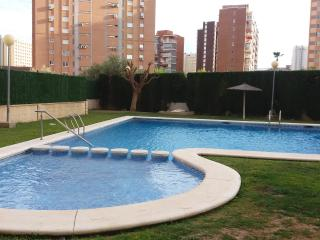 PRETTY APARTMENT WITH SEA VIEW IN BENIDORM - Benidorm vacation rentals