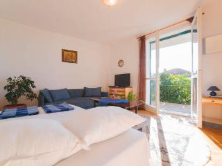 Cozy Condo with Internet Access and A/C - Podgora vacation rentals
