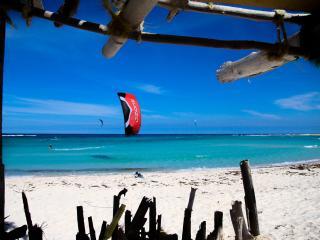 House-Minutes from Baby Beach & Kitesurfing beach! - San Nicolaas vacation rentals
