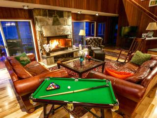 Great for entertaining! Fireplace deck pool views! - Manchester vacation rentals