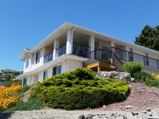 Clarence Heights - Spectacular Lake Views - Peachland vacation rentals