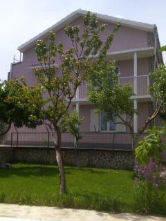 Nice Villa with Internet Access and A/C - Neoric vacation rentals