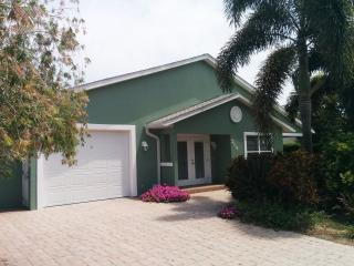 Sand Castle well appointed home steps from beaches - Anna Maria vacation rentals