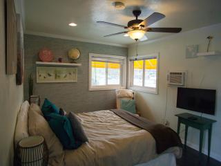 Amazing Single in the heart of Playa Vista! - Culver City vacation rentals
