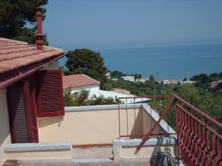 Gargano large penthouse in Villa Matassa 4-6 beds - San Menaio vacation rentals