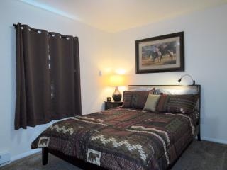 2 Bedroom Condo, In Town, 5 blocks to Yellowstone - West Yellowstone vacation rentals