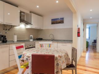 Elegant flat downtown! Chiado and Bairro Alto! - Lisbon vacation rentals