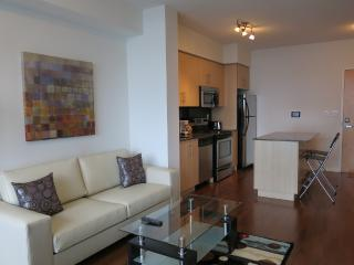 Downtown Modern Harbourfront & Union subway - Toronto vacation rentals