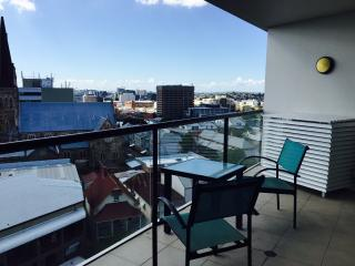 Perfect 1 bedroom Apartment in Brisbane - Brisbane vacation rentals