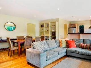 Ocean Grove home 100m to surf beach   Sleeps 8 - Ocean Grove vacation rentals