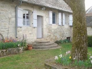 Maison de charme dans plus beau village france - Turenne vacation rentals