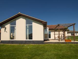 Luxury 2 Bed Cottage (2BEDSF72) - Sidmouth vacation rentals