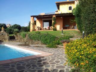 Villa Giulia vacanza mare VIP - Stintino vacation rentals