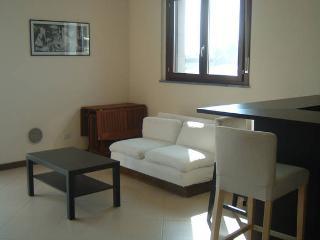 Appartamento a due passi da Milano - Trezzano sul Naviglio vacation rentals
