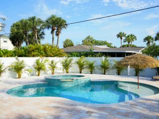Chic~ Pet Friendly~ Brand New Heated Pool/Spa - Holmes Beach vacation rentals