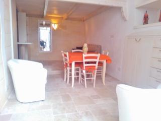 Le Piccole Case Bianche-Casa Daniele - Ostuni vacation rentals