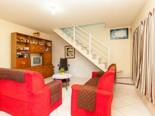 Lovely House in Cabo Frio with Internet Access, sleeps 10 - Cabo Frio vacation rentals