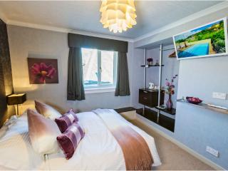 Abbotsford Lodge Double Ensuite - Callander vacation rentals